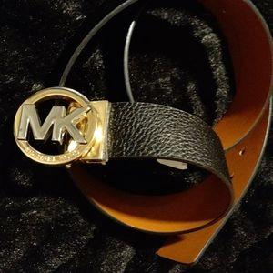 Michael Khors belt
